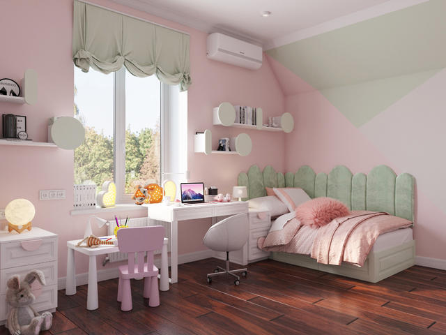 Girl room1_child.jpg